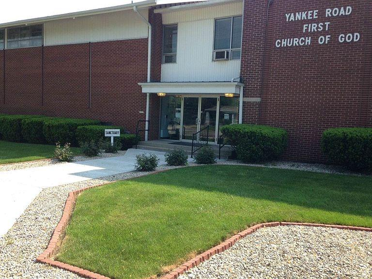 3029 Yankee Road Property Photo