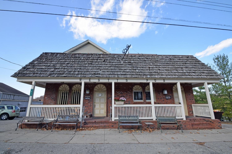 7820 Camargo Road Property Photo