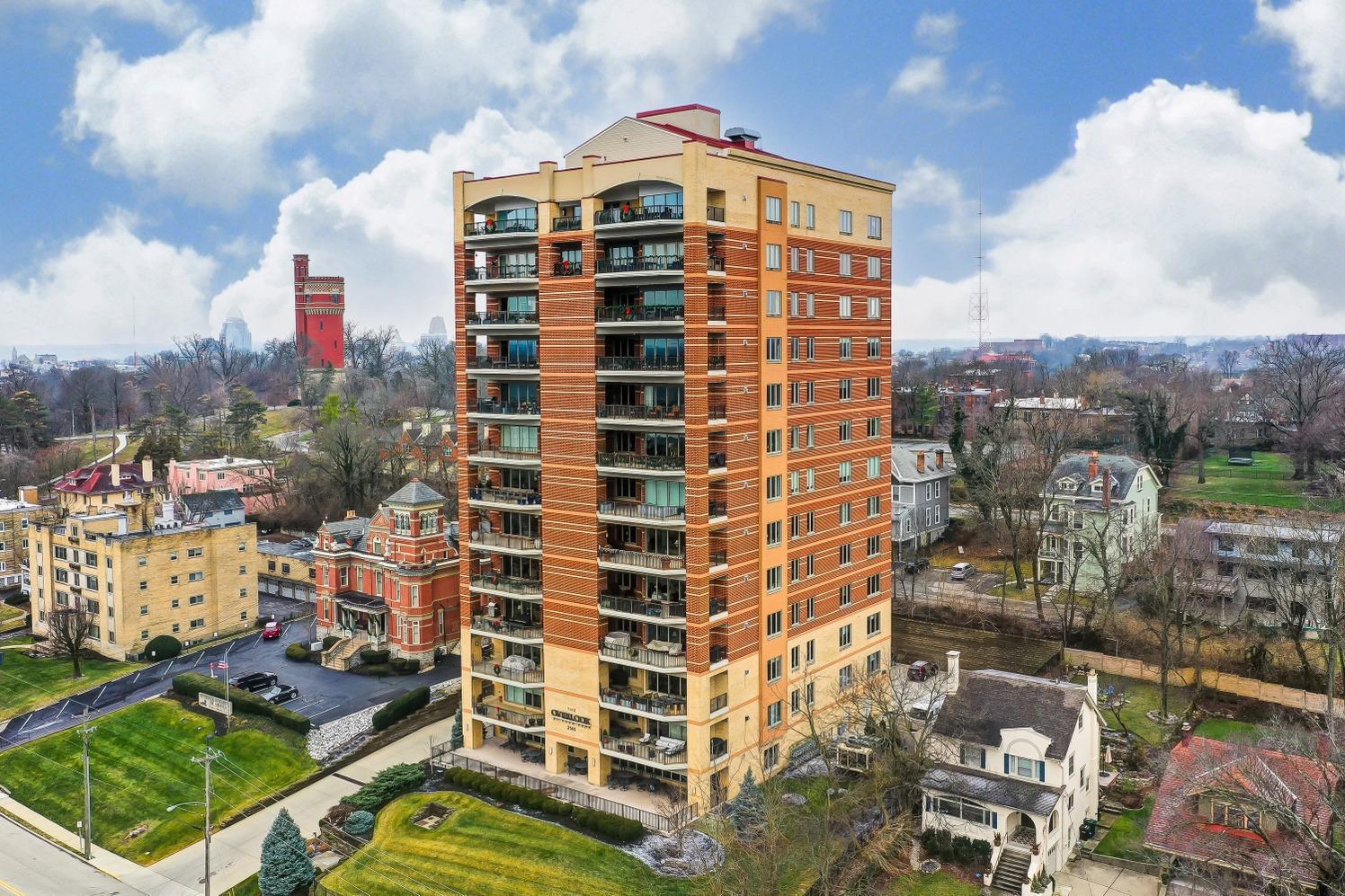 2145 Luray Avenue Property Photo 1