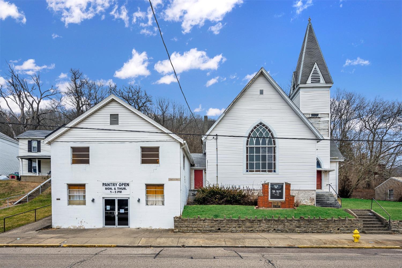 218 Main Street Property Photo