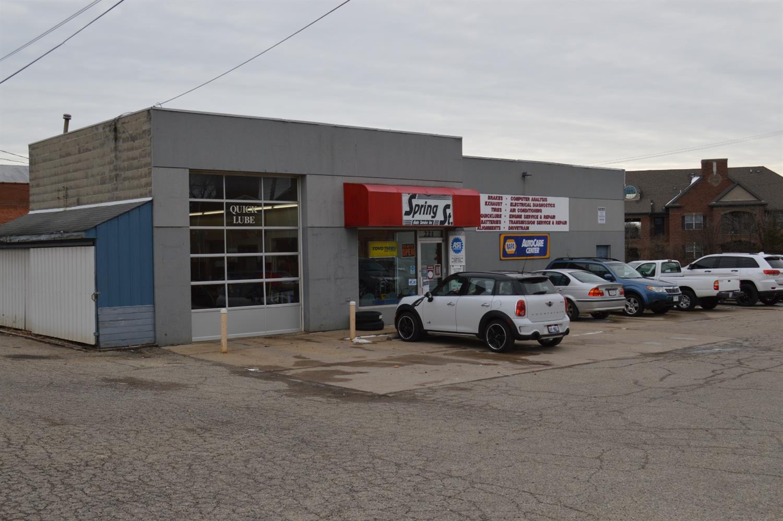 221 W Spring Street Property Photo