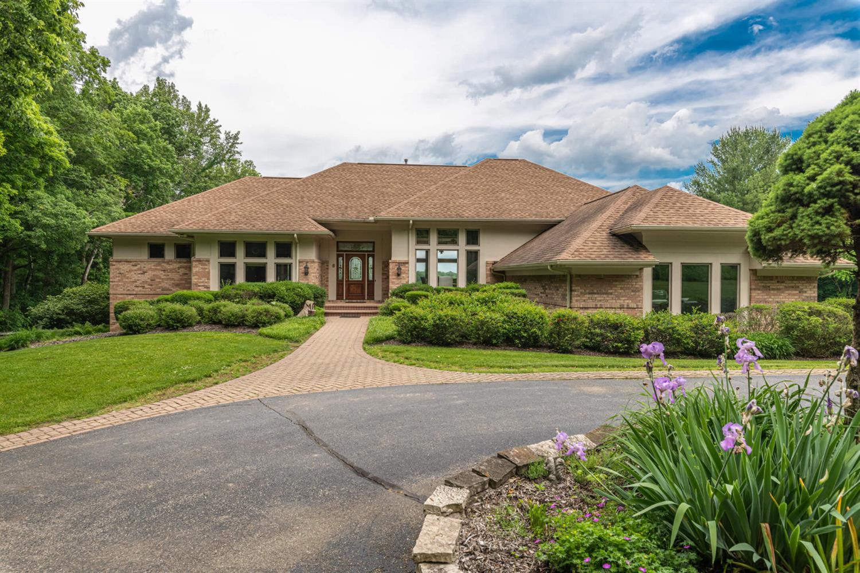 3695 W Franklin Street Property Photo 1