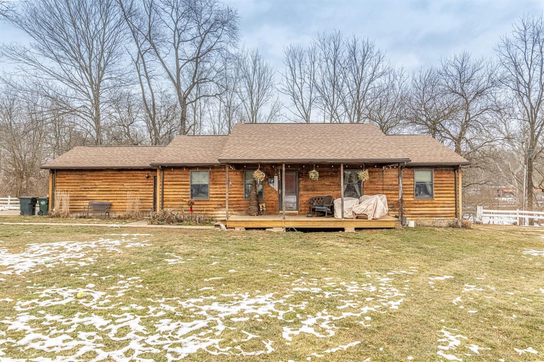 3695 W Franklin Street Property Photo 3