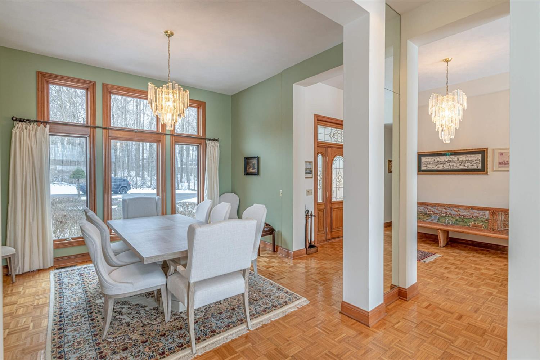 3695 W Franklin Street Property Photo 8
