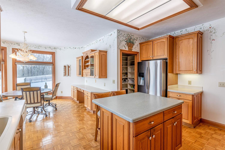 3695 W Franklin Street Property Photo 11