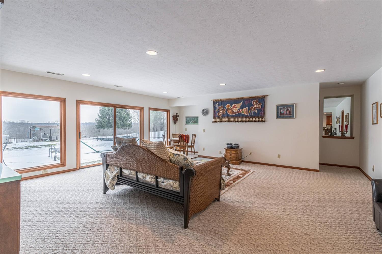 3695 W Franklin Street Property Photo 15