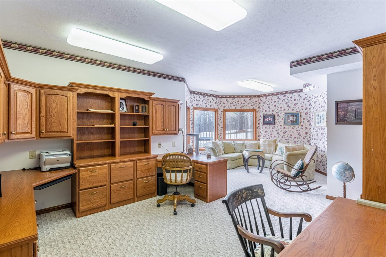 3695 W Franklin Street Property Photo 16