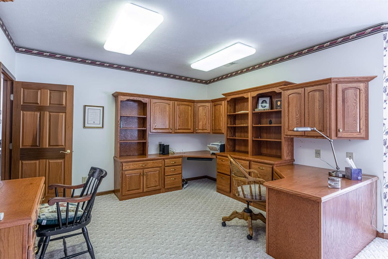 3695 W Franklin Street Property Photo 17