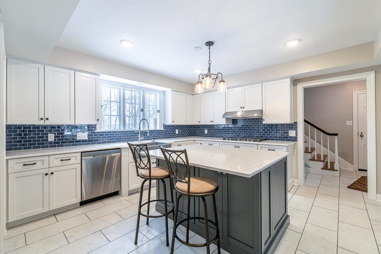 3695 W Franklin Street Property Photo 23