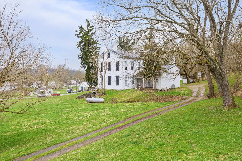 410 White Oak Street Property Photo