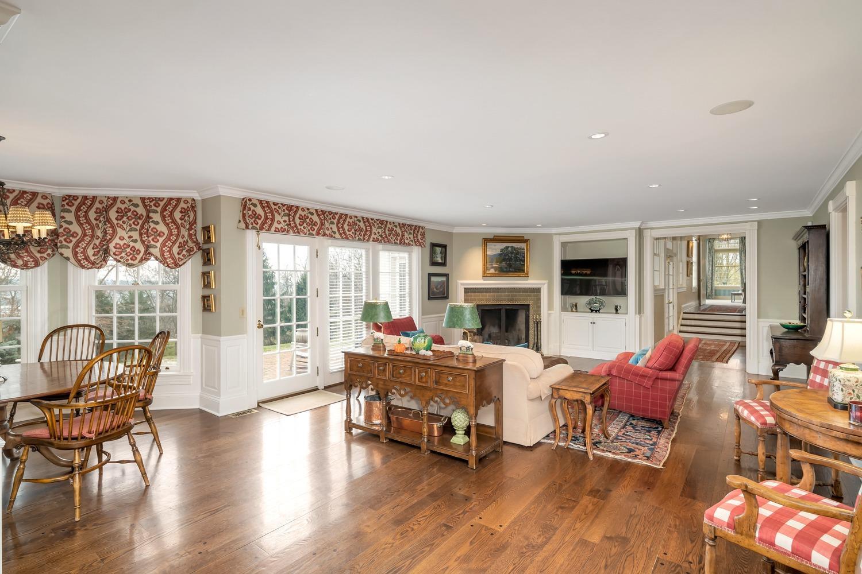 4575 Willow Hills Lane Property Photo 9