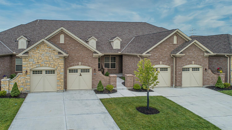 5828 Springview Circle Property Photo 1