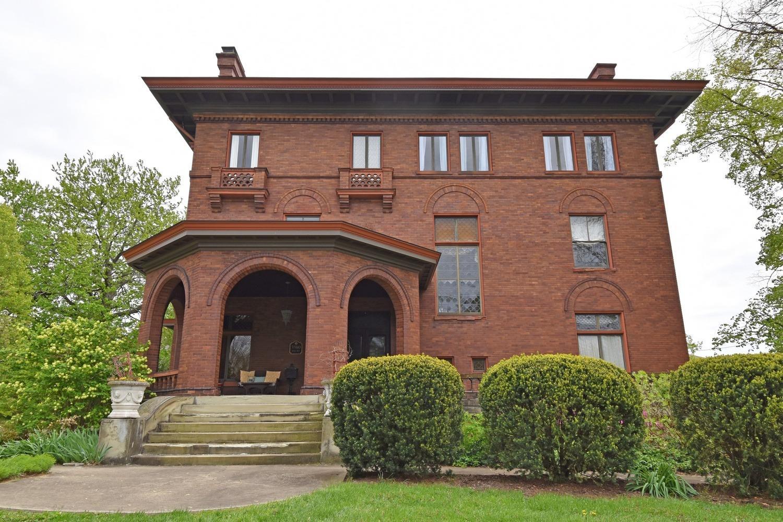 3980 Rose Hill Avenue Property Photo 1