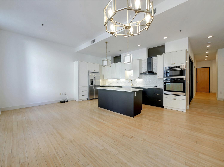 15 W Fourth Street Property Photo 11
