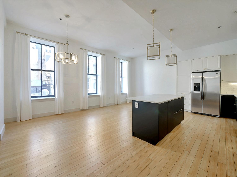 15 W Fourth Street Property Photo 12