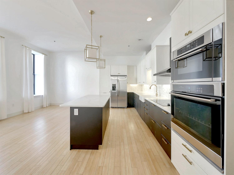 15 W Fourth Street Property Photo 13