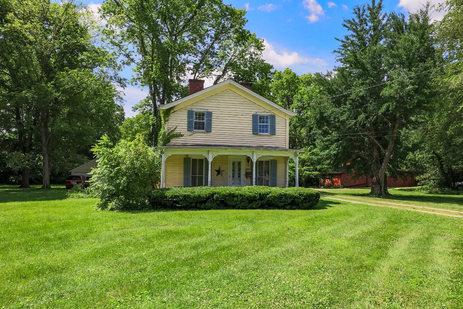 725 Wooster Pike Property Photo