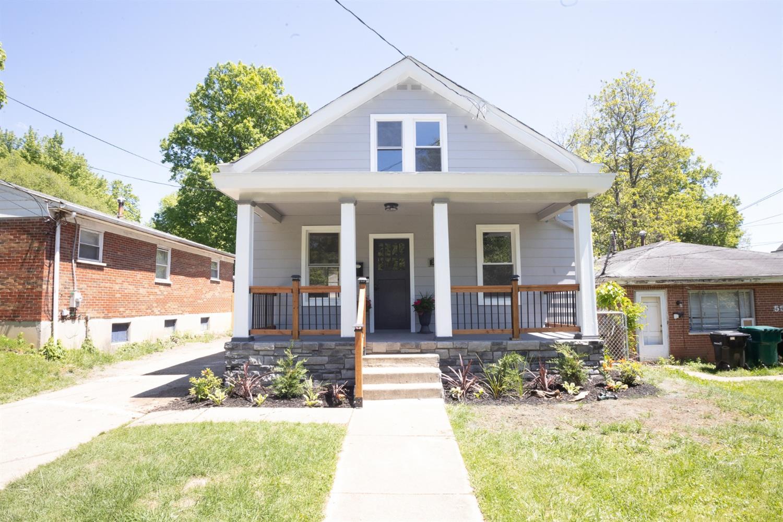 5506 Stewart Avenue Property Photo