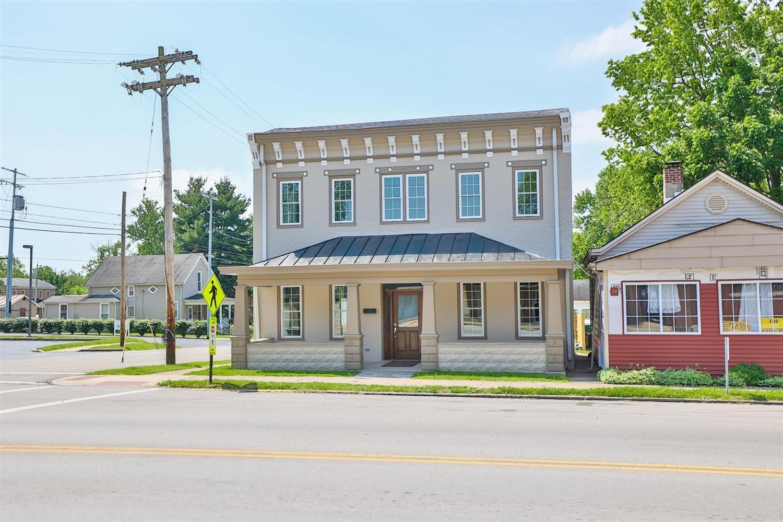 114 E State Street Property Photo