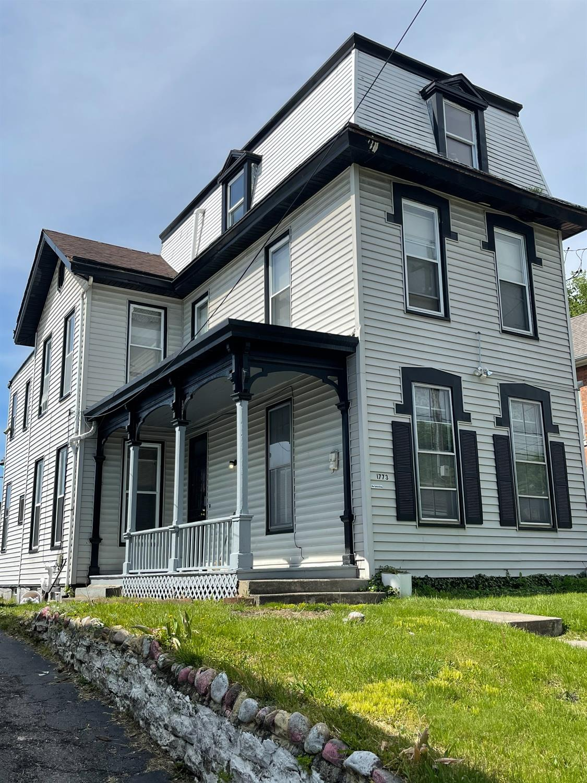 1773 Elmore Street Property Photo