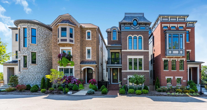 2421 Riverside Drive Property Photo 1