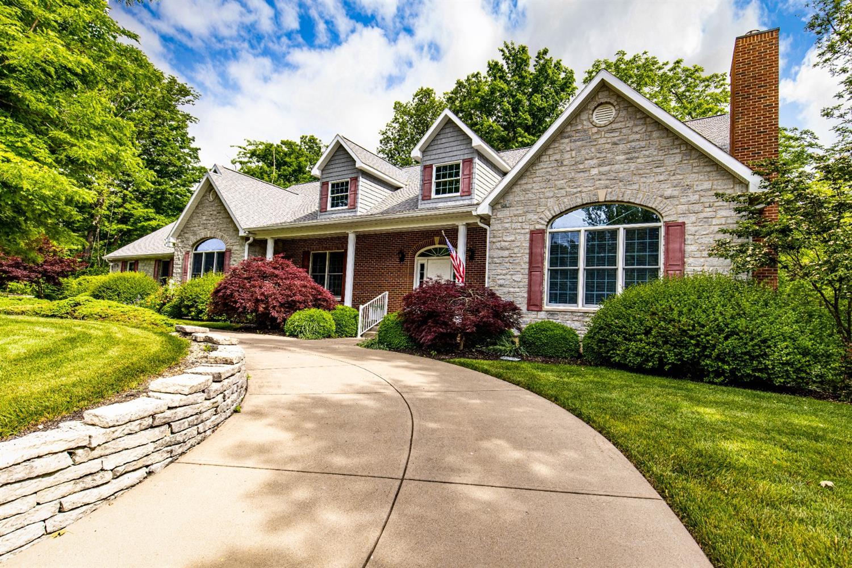 5800 Forest Ridge Drive Property Photo 1