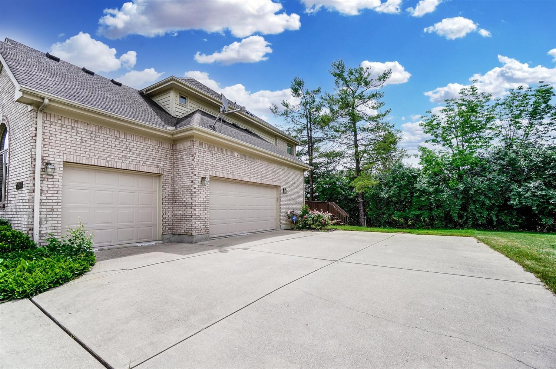 25 Glenluce Court Property Photo 39