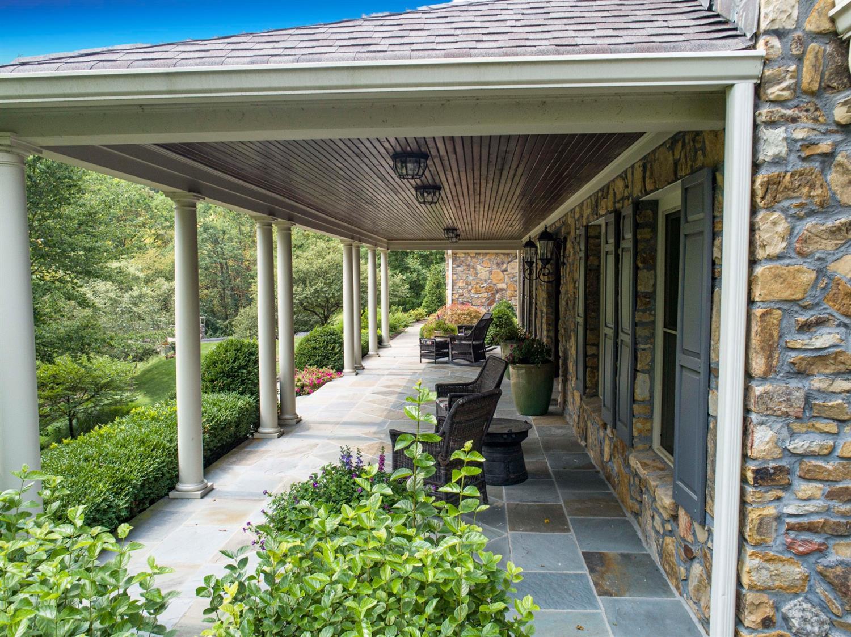 8020 Elbrecht Drive Property Photo 14