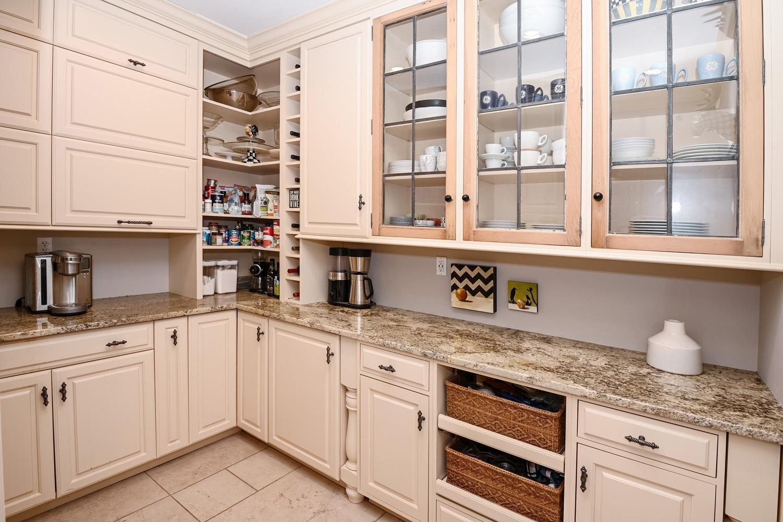 8020 Elbrecht Drive Property Photo 31