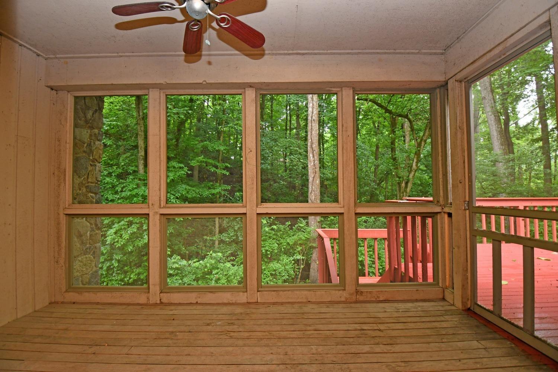 3384 Hickory Creek Drive Property Photo 7