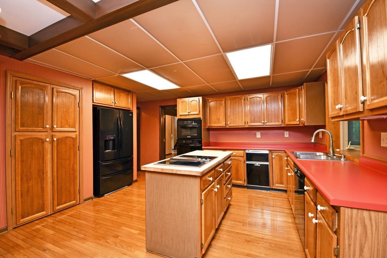 3384 Hickory Creek Drive Property Photo 12