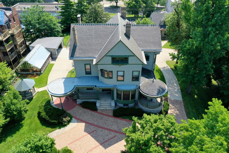 2312 Park Avenue Property Photo 1