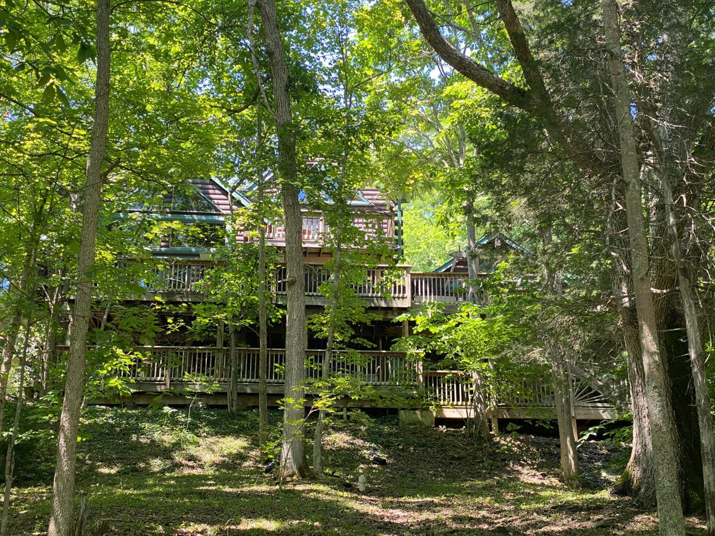 1565 Tomahawk Trail Property Photo 1
