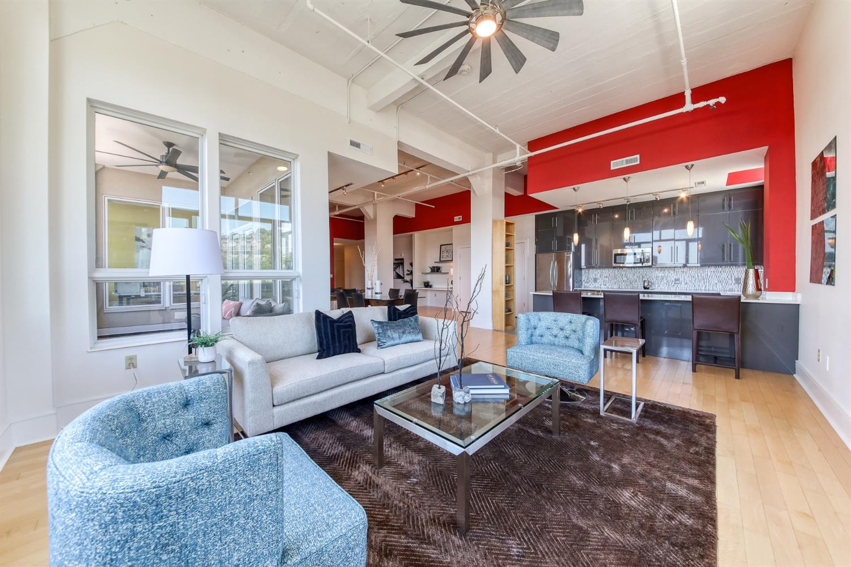 400 Pike Street Property Photo 8