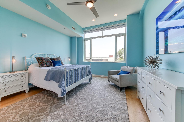 400 Pike Street Property Photo 22
