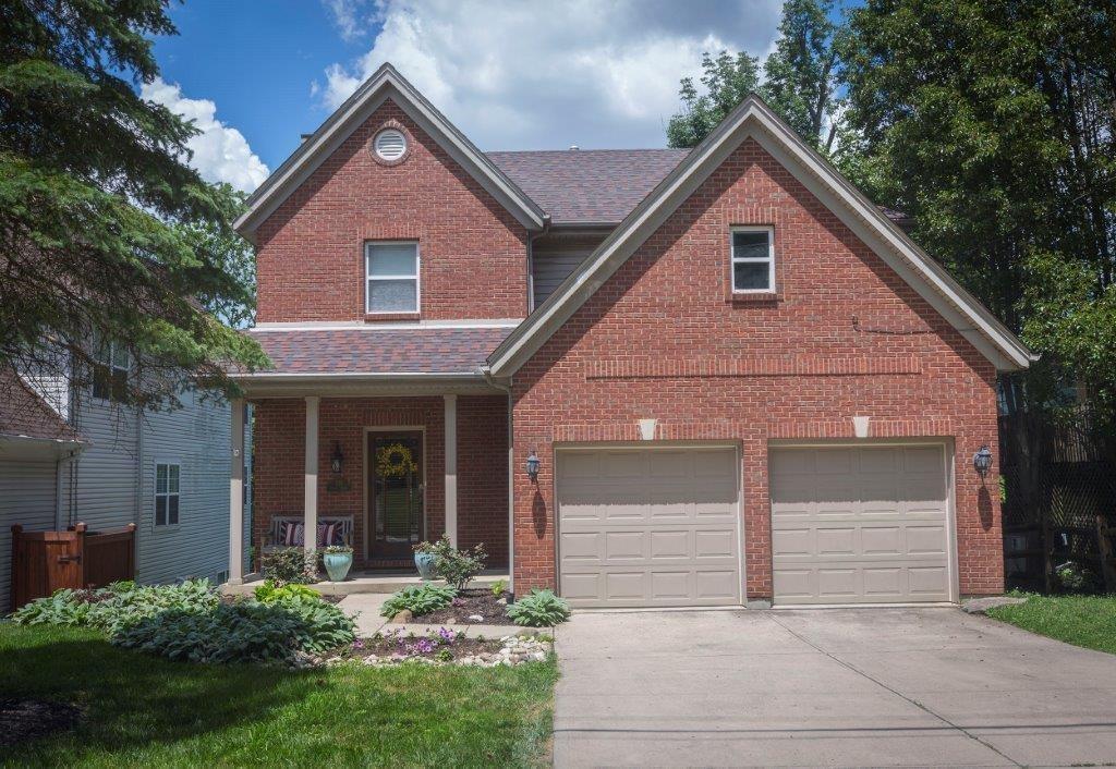 639 Athens Avenue Property Photo