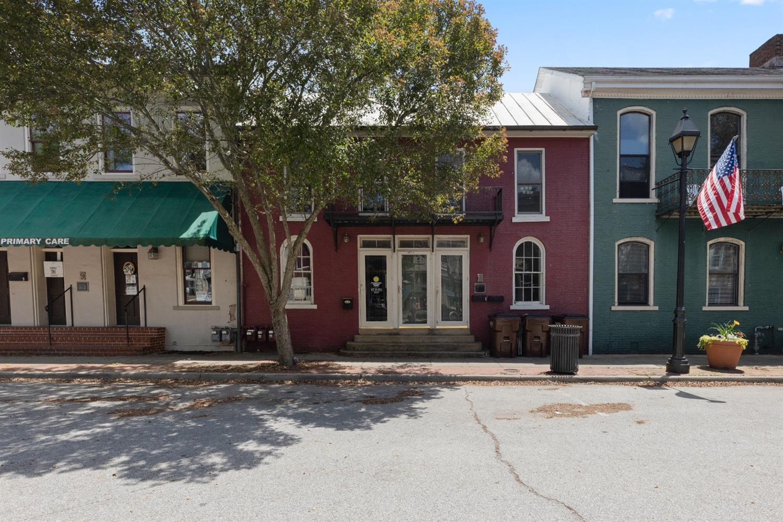 7 Main Street Property Photo