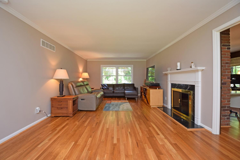 328 Oak Drive Property Photo 6