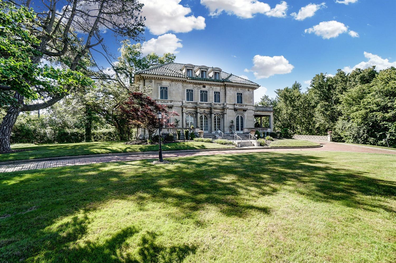 3723 Washington Avenue Property Photo 1