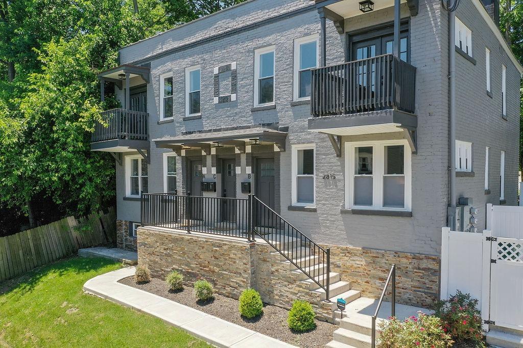 2815 Ashland Avenue Property Photo