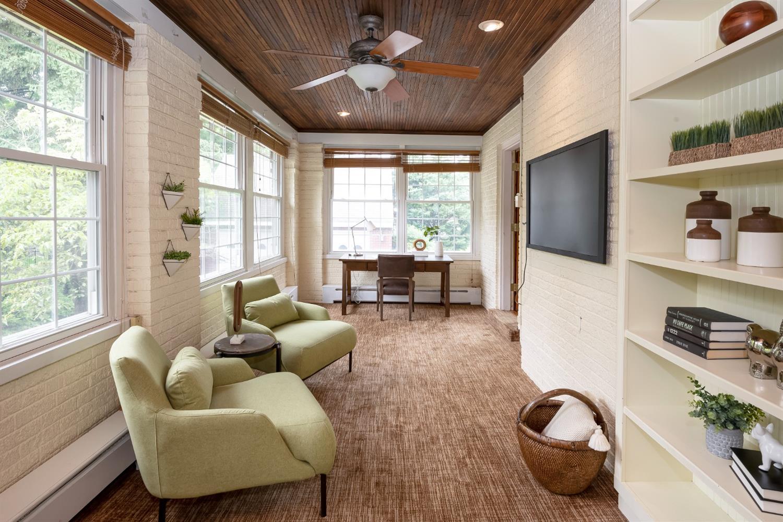 6271 Grand Vista Avenue Property Photo 7