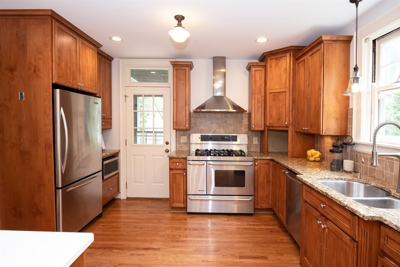 6271 Grand Vista Avenue Property Photo 13