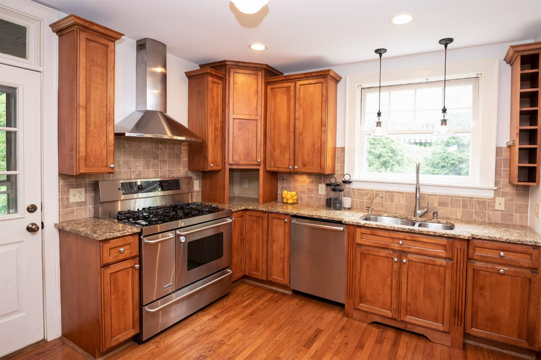 6271 Grand Vista Avenue Property Photo 14