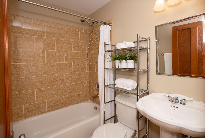 6271 Grand Vista Avenue Property Photo 24