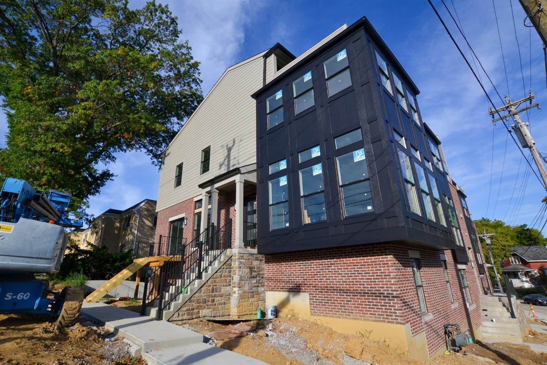 2960 Madison Road Property Photo