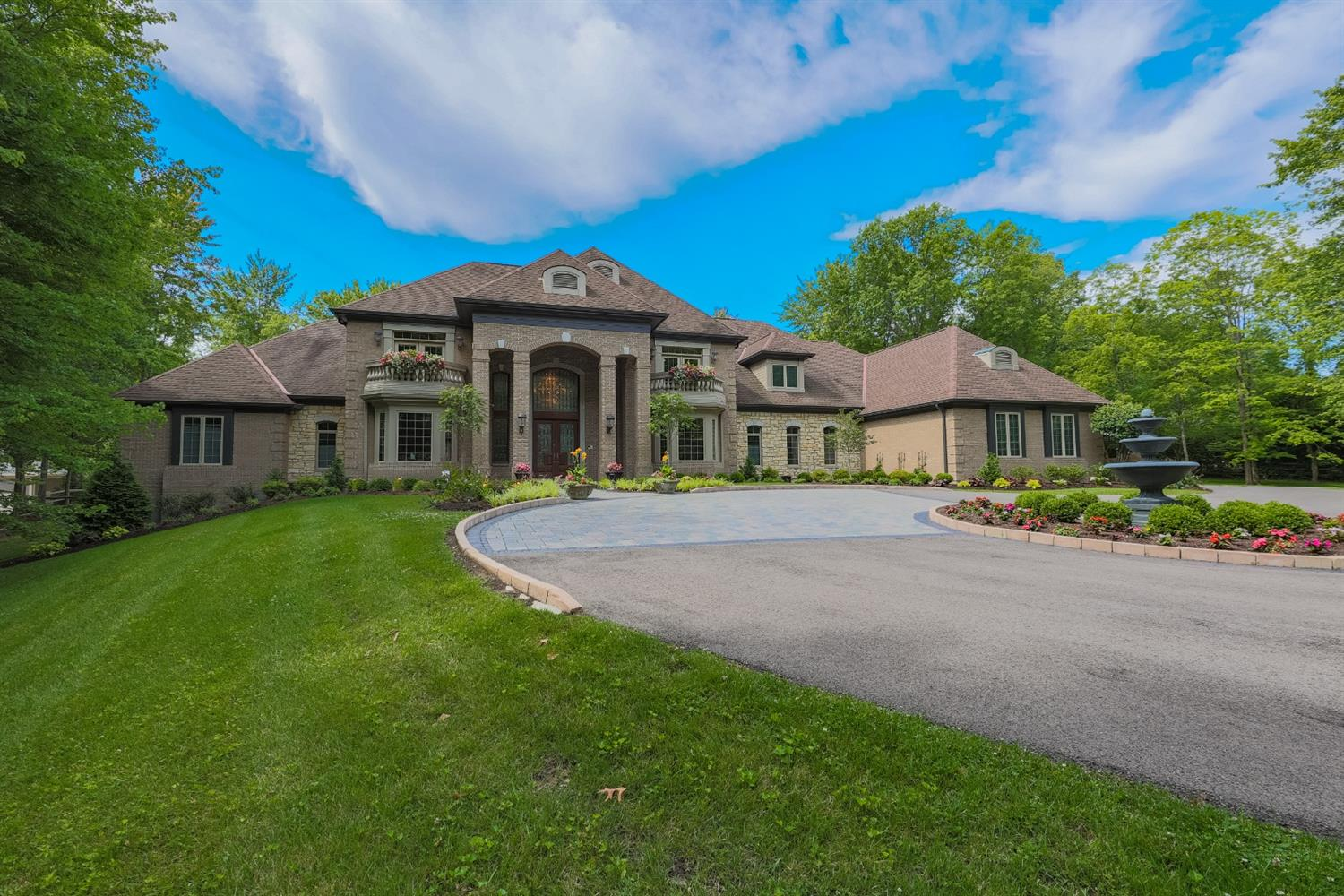 8655 Indian Hill Road Property Photo