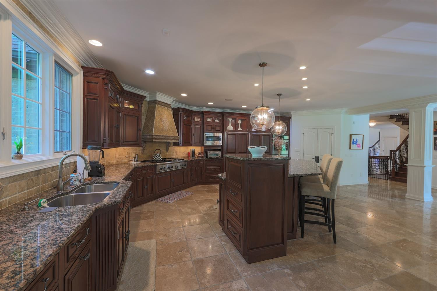 8655 Indian Hill Road Property Photo 13