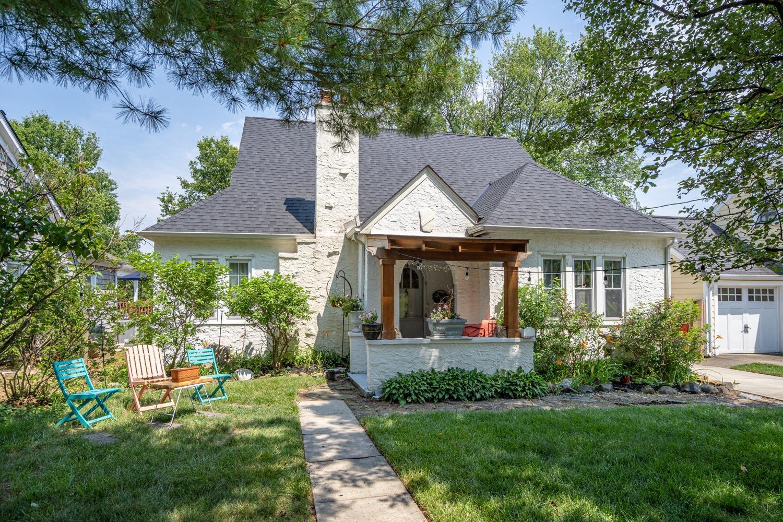 7114 Maple Avenue Property Photo