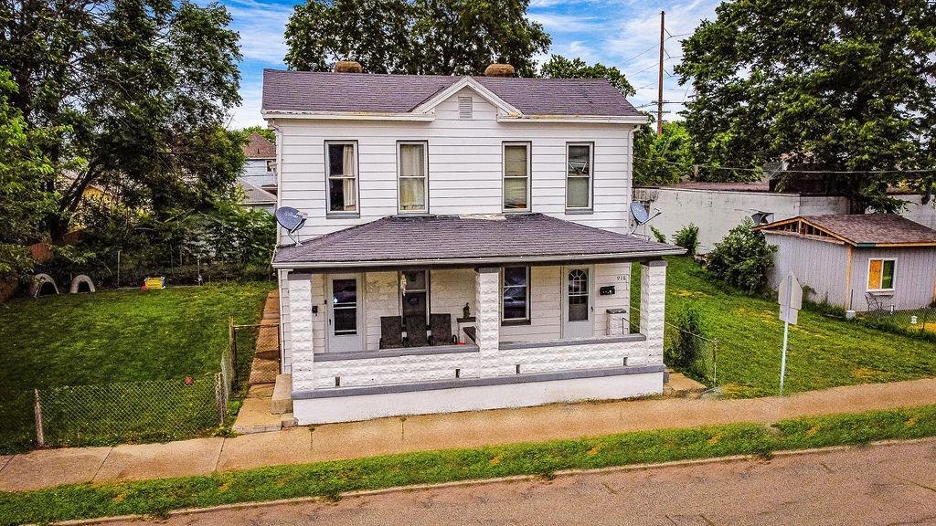 916 Sycamore Street Property Photo