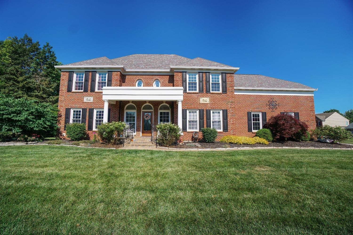 6565 Meadowbrook Court Property Photo 1